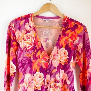 ISAAK MIZHARI Vibrant Floral Top